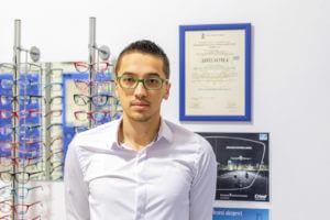 optometrista-za-odredjivanje-dioptrije-za-naocare